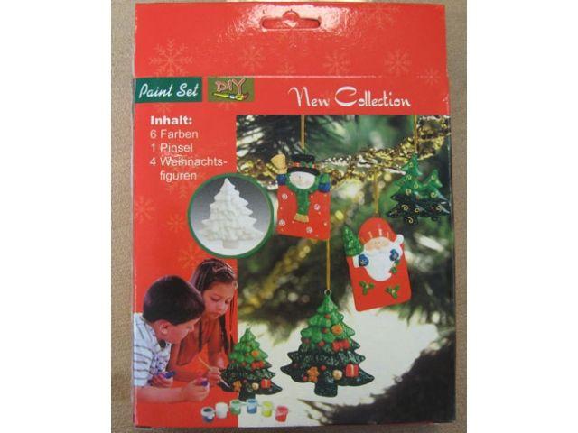 Een set van Kerst<br> figuren gemaakt<br>van gips voor he