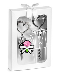 Heart shaped bottle stopper and opener - WHITE