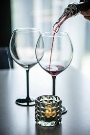 Wine aerator & pourer