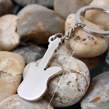 Music key ring - guitar