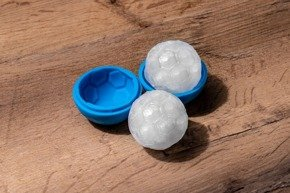 FOOTBALL silicone ice balls - 2 pcs